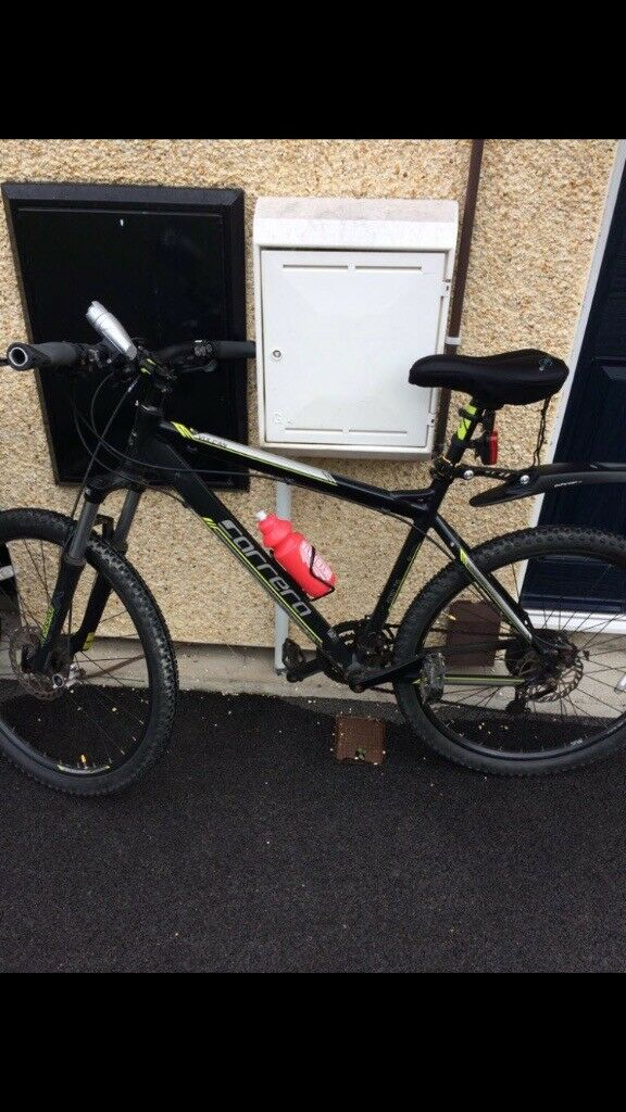 Mountain bike in very good condition brakes working very well quick sale looking too get a sale asap