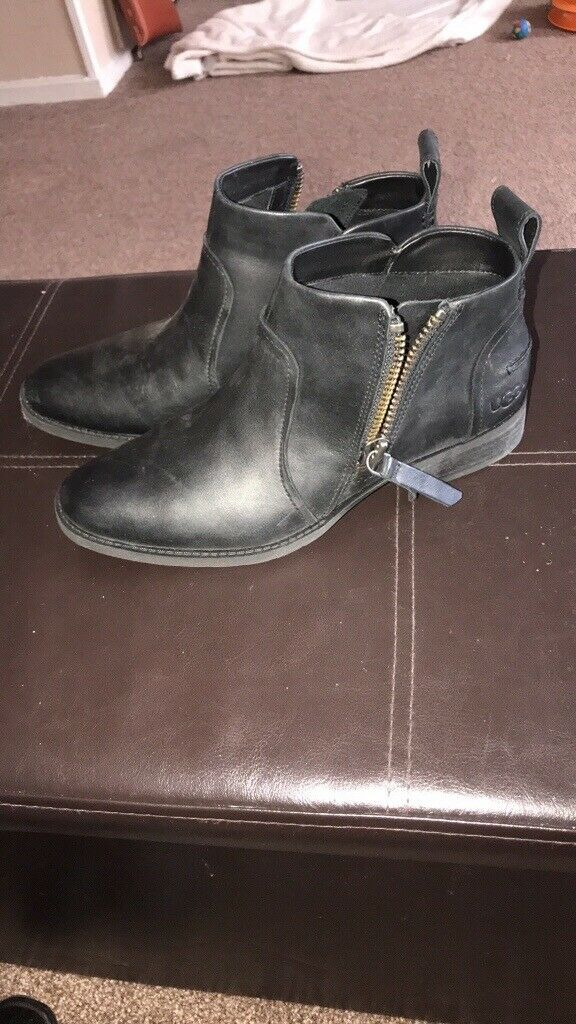 887e69bf53a Women's ugg boots size 5 never worn | in Dartford, Kent | Gumtree