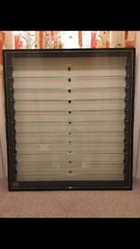 Model train car display cabinet
