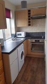 Edgware / Cannons Park HA8, Clean Studio Flat, £700 pcm Inc All Bills Except Electric