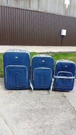Set Of 3 Haseen Suitcases For Sale