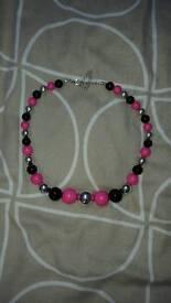 Job lot: Necklace/beads