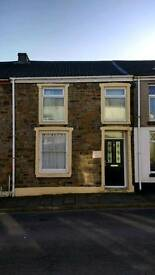 3 bed Home for rent, Trecynon