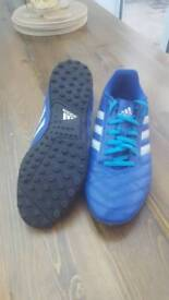 Size 9 1/2 blue adidas football trainers