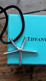 Tiffany&Co. starfish necklace on black cord, Elsa Peretti – NEVER WORN, IN ORIGINAL PACKAGING