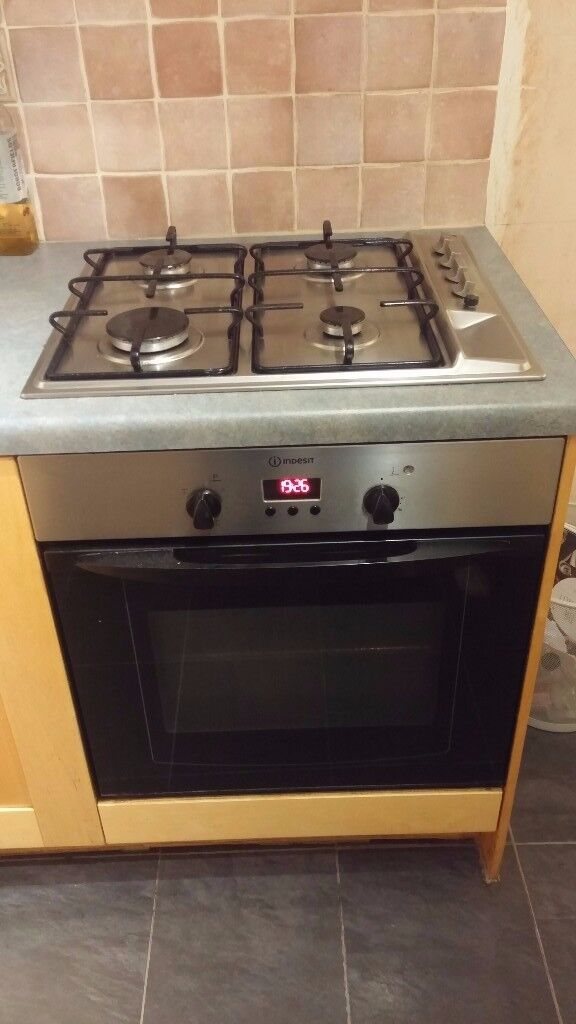 Indesit Gas Hob and Electric Oven - may split
