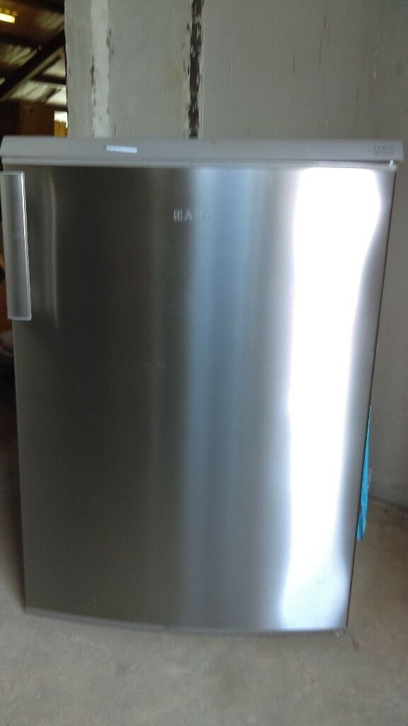 AEG Undercounter Fridge slightly marked Ex display