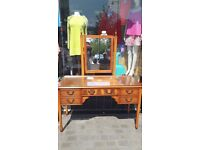 Dressing table with inlay design and beautiful mirror