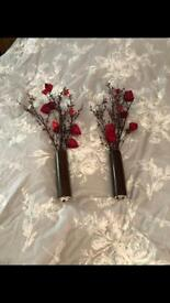 2 Homebase vases with flowers