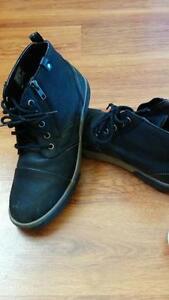 Sketchers boots