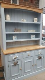 Welsh dresser/ pine/ display cabinet/dresser