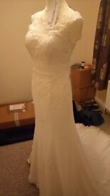 REDUCED - Ivory, size 10 wedding dress (Offers considered)