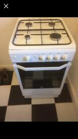 Indesit IG55UK cooker, girl and hob - gas cooker