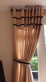 beautiful lined curtains