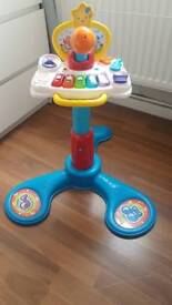 Vtect stand up or sit down piano