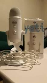 Blue Yeti Whiteout Edition USB Microphone