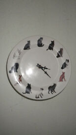 ceramic plate clock with cats as numbers!