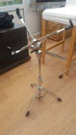 Drum snare stand