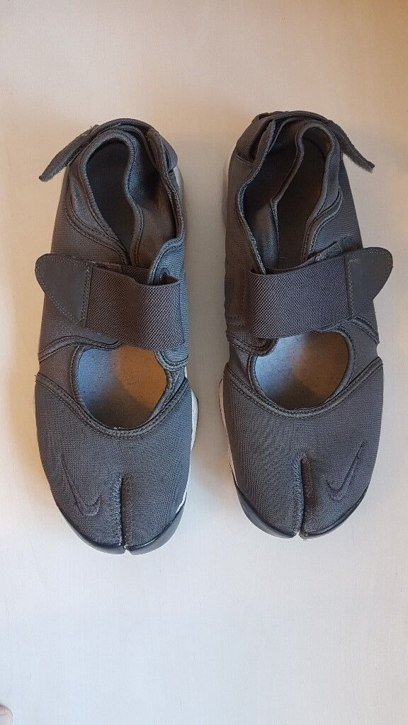 87c97a500 Nike Tabi shoes - barely used. UK size 9 (but fits me as a size 10)