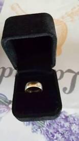 Wedding ring 9 carat gold
