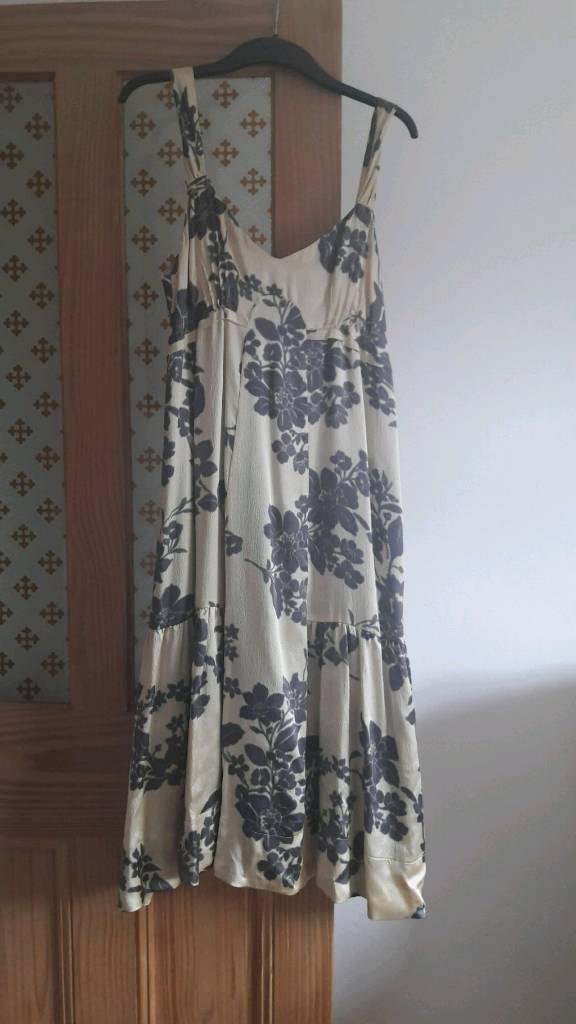 Jigsaw dress size 14, never worn