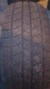 2 PNEUS HIVER KUMHO 205 65 16 - 2 WINTER TIRES