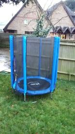 Plum 8ft trampoline and enclosure