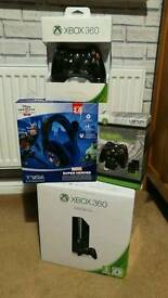 Xbox 360 e 500gb, turtle beach, extra controller and docking station
