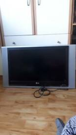 """**SOLD** LG TV 32"""" not a Mark on it"""