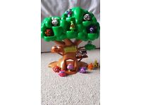 17 Moshi Monster Figures and Tree House