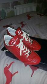 Red CRUYFF Trainers size 9