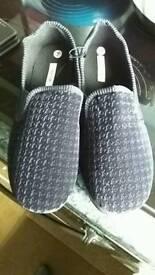 Brand new mens slippers