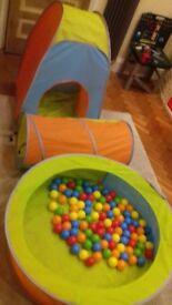 Children's pop up ball pit, tent & tunnel