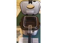 SILVERCREST KITCHEN TOOLS Mini Deep Fat Fryer with Fondue