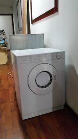 SMALL TUMBLE DRYER ( ONLY BLOWS COLD AIR )