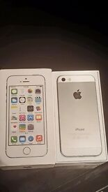 iPhone 5s. Silver 16gb. Unlocked to all networks.