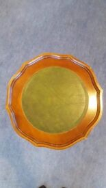 Round occasional table, antique style
