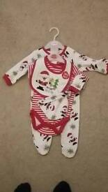 0-3 months New 5 piece christmas outfit