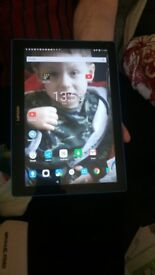 10inch Lenovo tablet tb-x103f 16 gig brand new condition