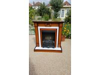 Electric fire and surround in excellent condition