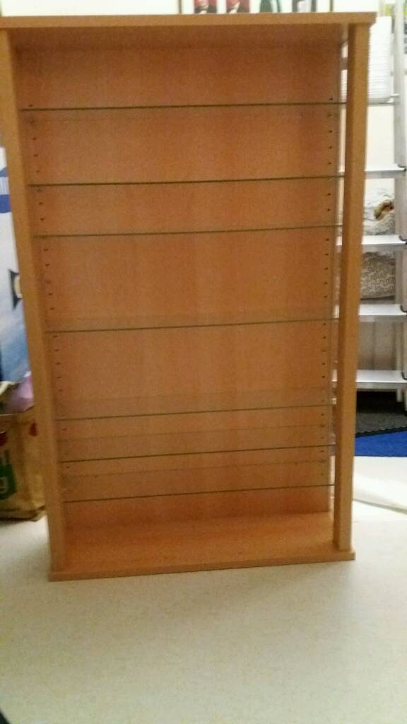 Display cabinet with 10 glass shelves as new 37x26x7