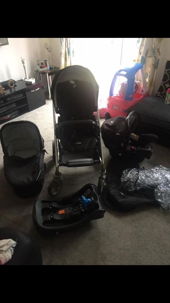 Joie 3 in 1 Travel System