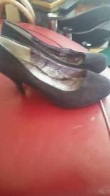 Shoes size 5/5half