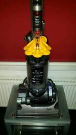 DYSON DC33 COMPLETE REFURBISHED