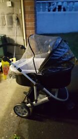 Mammas & Pappas 3 wheeler stroller/ pushchair with accessories