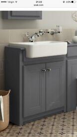 Bathroom sink / basin ceramic