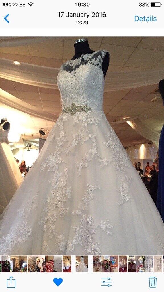 Ronald Joyce Robyn Wedding Dress