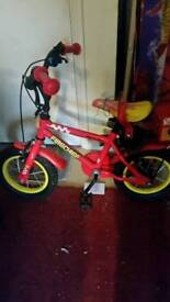 Childs bike with stabalizers