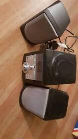 HARWOOD CD/ RADIO player