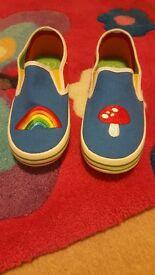 Brand new little bird shoes